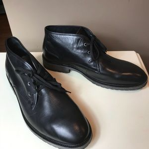 NWOB Andrew Marc Black Leather Ankle Boots sz 13